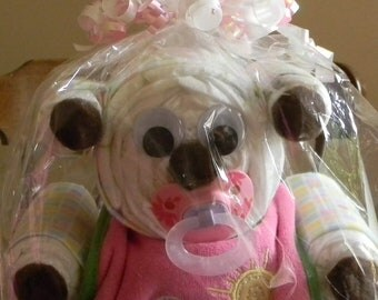 Teddy bear Diaper cake, perfect for a baby shower, great gift for the mom-to-be