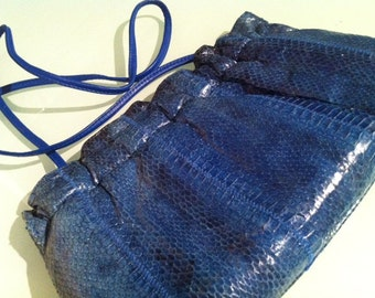 The Blue Snakeskin - Crossbody Clutch Blue Snakeskin 70s 80s Handbag with Expandable Opening & Closure