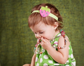 Strawberry Headband.Green Headband.Pink Headband.Newborn Headbands.Baby Headbands.Infant Headbands.Strawberry Birthday.Felt Strawberry Girl