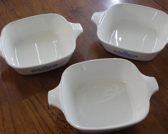 Set of (3) Pyrex Cornflower Blue Petit Pan Casseroles