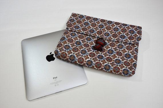 """Vintage """"Obi"""" iPad Case"""