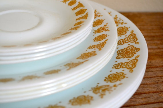 Vintage Butterfly Gold Corelle by Corning Dinner Set of 12 Pieces