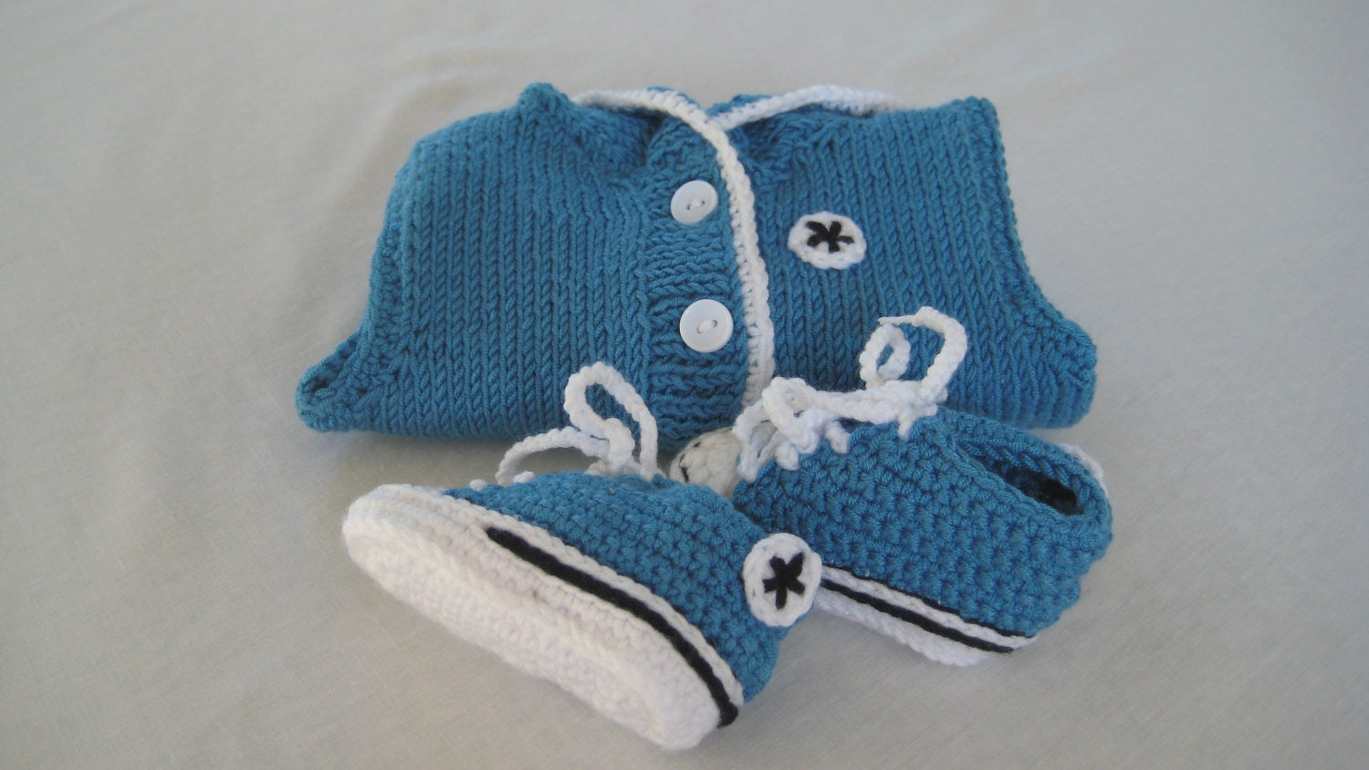 Blue Crochet Converse Baby Booties / Chucks & Blue Hoodie.