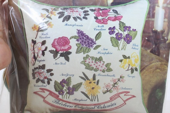 Avon Crewel Embroidery Kit, Creative Needlecraft Thirteen Colonies State Flowers Pillow, Vintage Needlework, Vintage Avon