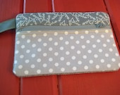 """7""""x5"""" zippered two-tone gray pouch"""