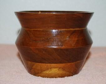 Wooden bowl/vase