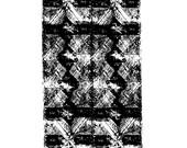 Totem Diamond Print