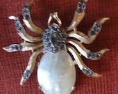 Vintage Trifari Brooch Pearl & Rhinestone Gold Tone Spider Pin RARE