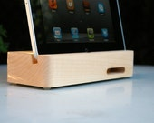 BLACK FRIDAY 33% OFF - Ecoustik iPad dock - Maple (shown in main image)