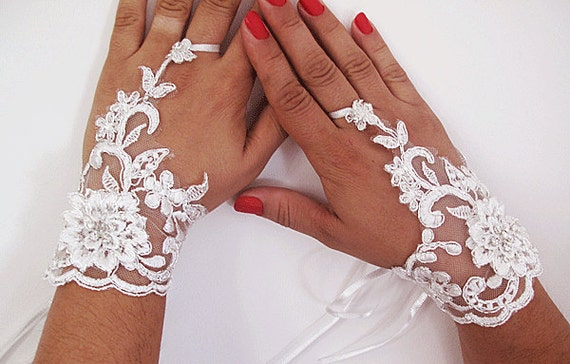 weddings gloves-Bridal gloves- Lace Wedding Accessory, Bridal accessory, Fingerless Gloves, Ivory, Silvery, sparkles Stone
