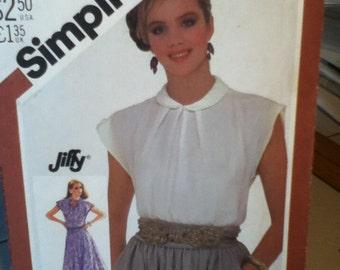 "Simplicity Vintage Dress or Top Pattern 5542 Size: 10, Bust 32"",  Waist 25"", Hip 34"""