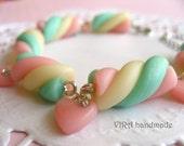 Kawaii cute marshmallow heart baby pink rhinestone charm bracelet
