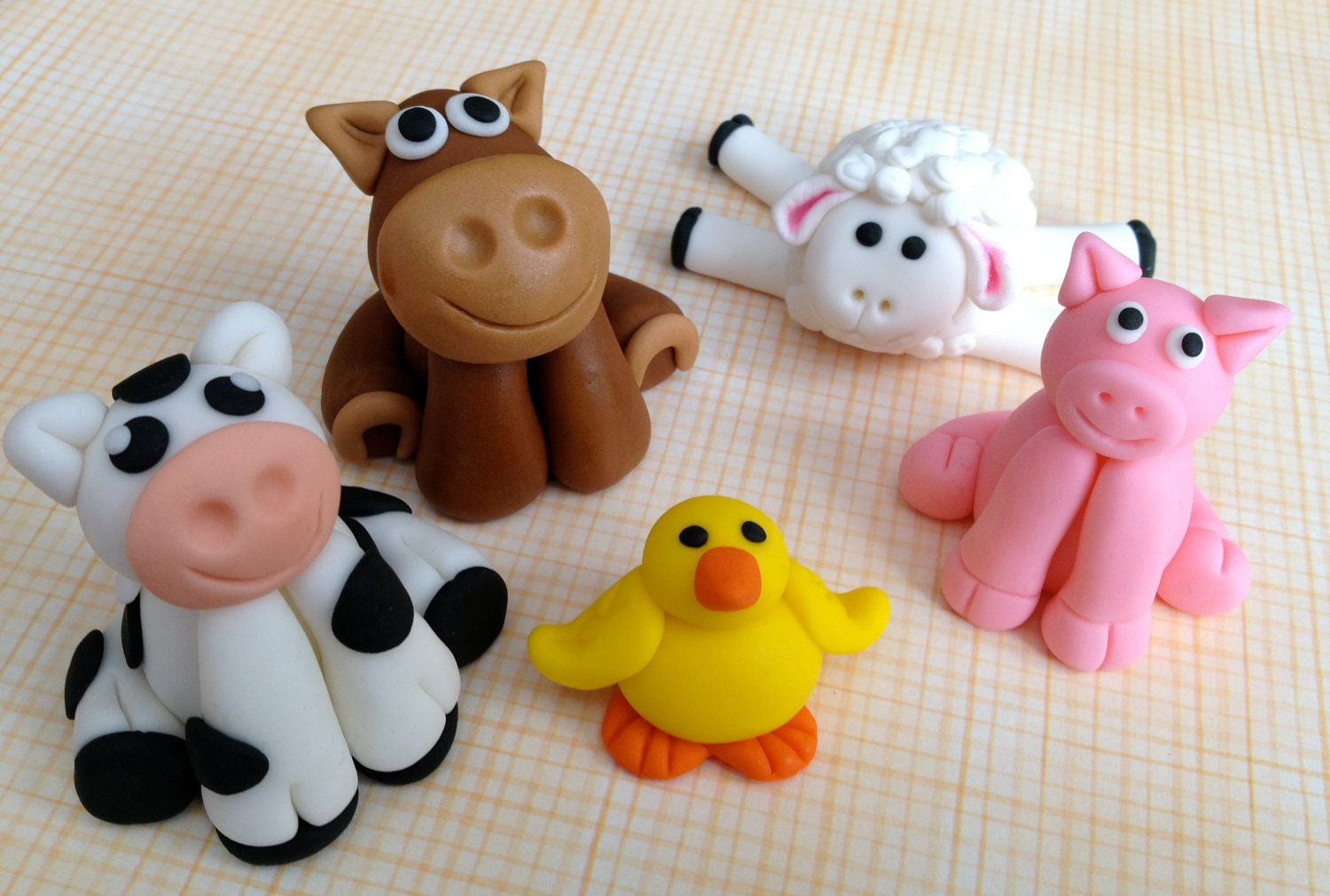 Fondant farm animal cake toppers set of 5 by for Animal cake decoration