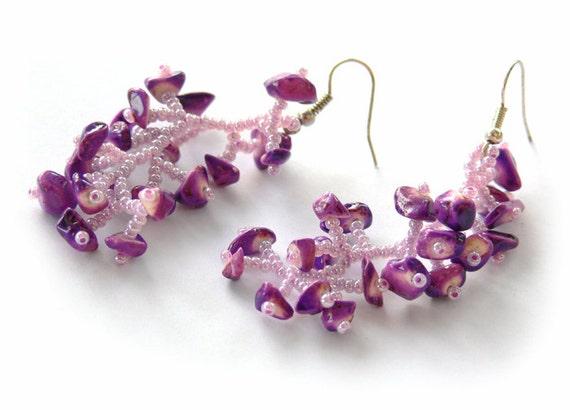 Purple Earrings.  Beaded Dangle Lilac Earrings. Beadwork
