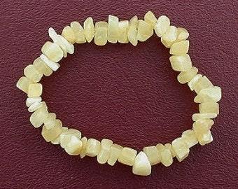yellow  jade chip beads stretch bracelet