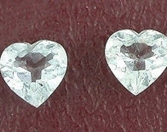 ONE 5mm  heart light blue aquamarine gem stone gemstone
