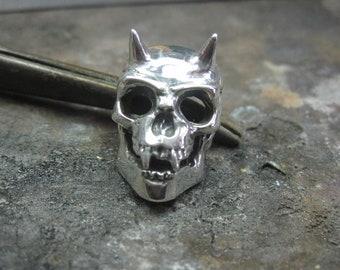 Devil skull pendant
