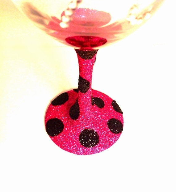 Polka dot glitter wine glasses How to make wine glasses sparkle