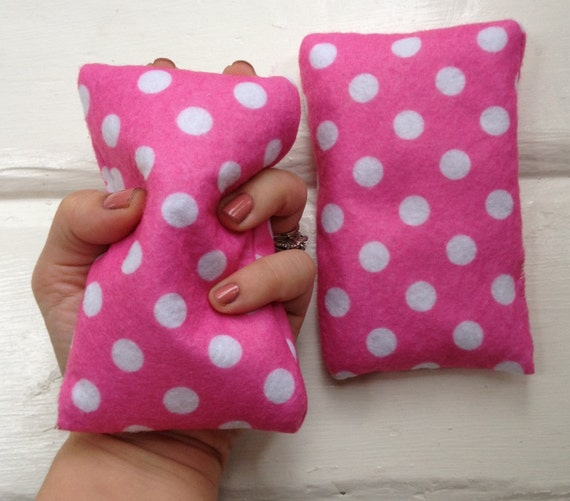 Hand warmer pocket mitten inserts pink and white polka dots can be used as an ice pack too unscented hot cold therapy