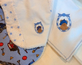 Embroidered Blanket Set - Baby boys blanket and Burp Cloths - Flannel Receiving Blanket - Baby Boy gift set - Baby shower gift