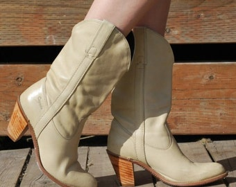 Vintage 80s CAPEZIO Creme Leather Cuban Stacked Heels Cowboy Sexy ROCKABILLY Boots Size 7