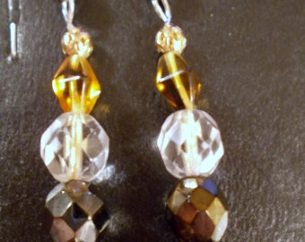 Dangle Agate Stone and Crystal bead ear rings.