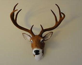 Deer Head Wall hanger Taxidermy Figurine Mount Wildlife Reindeer Furry Animal