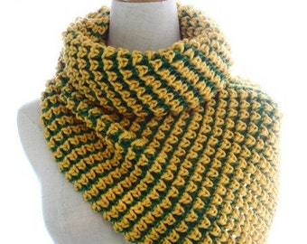 Handmade Woman Winter Warm Crochet Knit Yellow Green Colorblock Snood Infinity Scarf Muffler Circle Loop Wrap