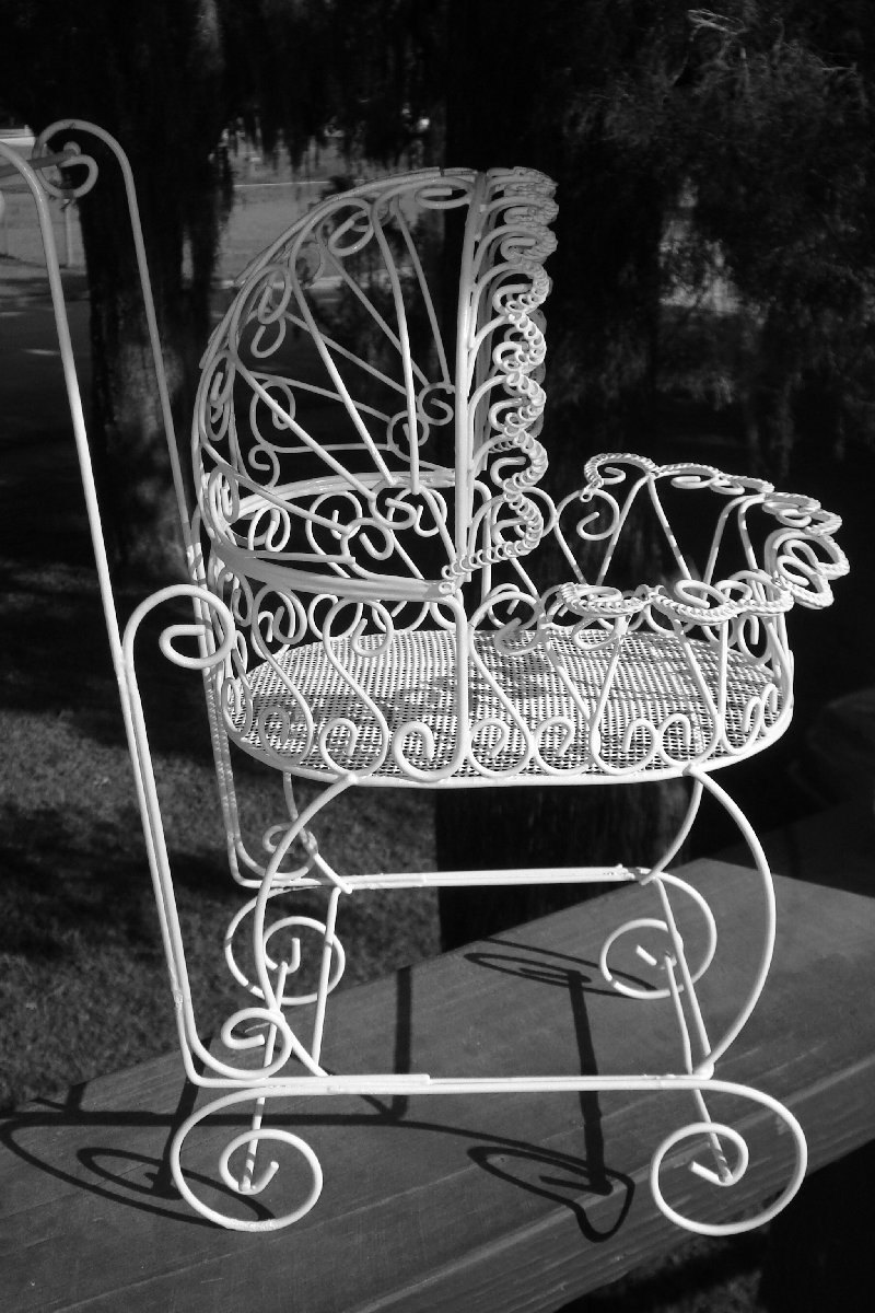 Set of 10 antique wire carriages perfect for baby shower for Baby carriage decoration