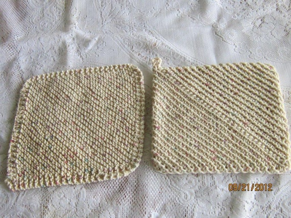 SALE....FREE or REDUCED Shipping.....Dishcloth and Potholder