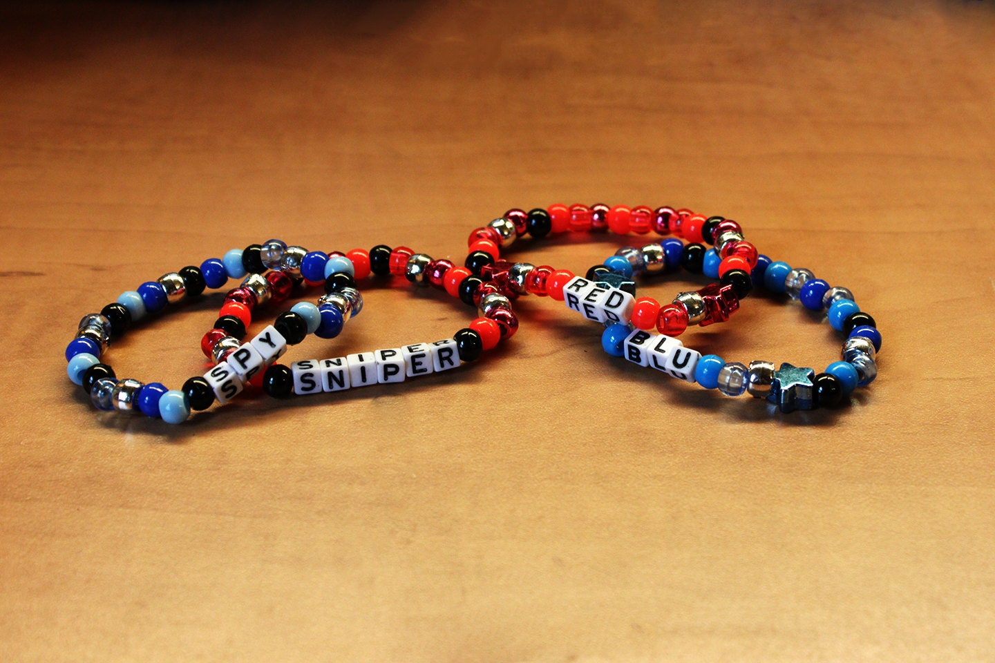 team fortress 2 themed kandi bracelet singles 2 pack made to