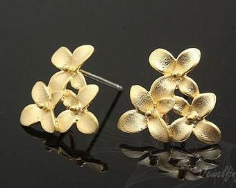 B210- 10 pairs - Matt Gold plated- flower post earring