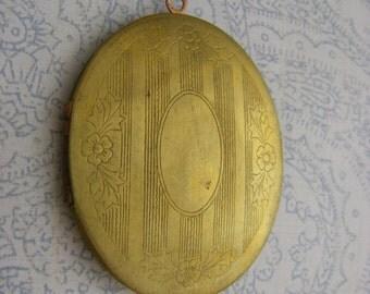Vintage Oval Locket Large engraved exterior locket