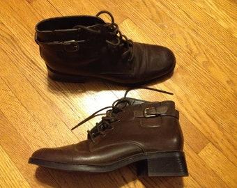 Brown Vintage Shoes Size 8.5