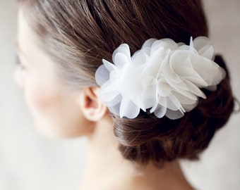 "Wedding Hair Flower, Bridal silk hair flower - ""Fleur"""