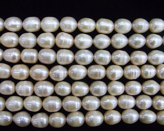10-11mm Rice Pink Freshwater Pearl 15 inches length, 38 cm-