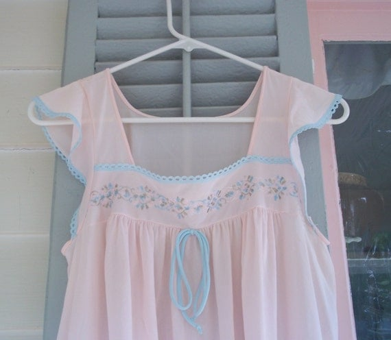 Vintage long pink and blue nylon nightgown