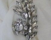 Beautiful White Rhinestone Diamante Flower Vintage Retro Brooch 1950s Wedding Heirloom