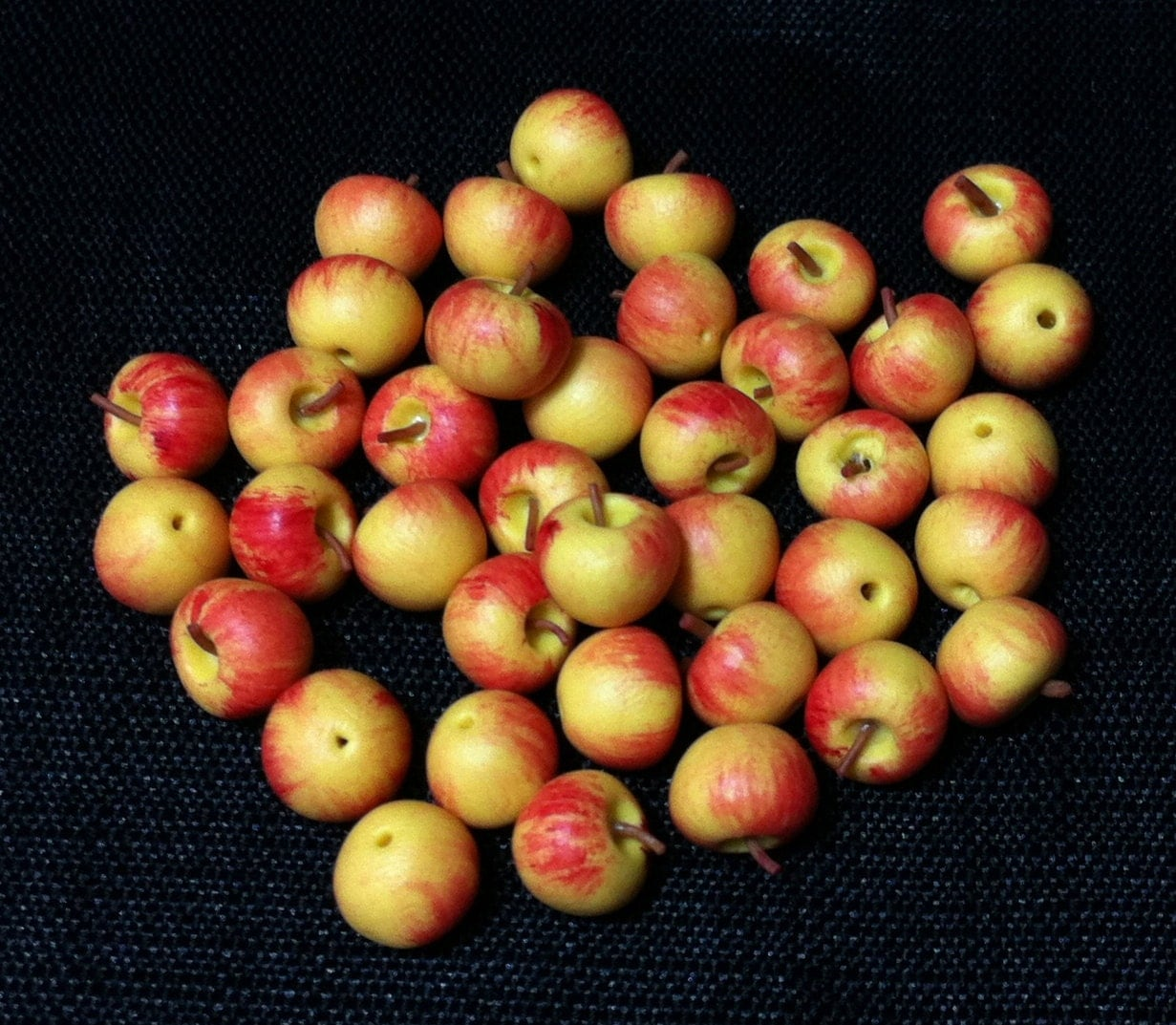 20 miniature gara apples fruit clay polymer fruits supplies. Black Bedroom Furniture Sets. Home Design Ideas