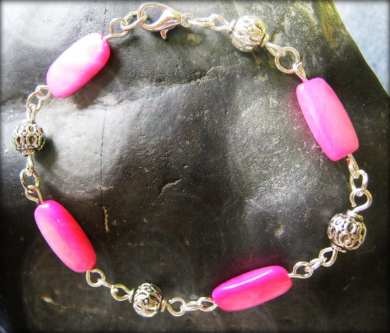 Handmade Silver Bracelet with Pink Seashell by IreneDesign2011