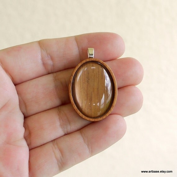 Pendant Blank - Pendant Tray - Wood Setting - Handmade by ArtBASE - Mahogany - 22 x 30 mm - Oval - Silver Bail - Glass Cab. - (A4-M)