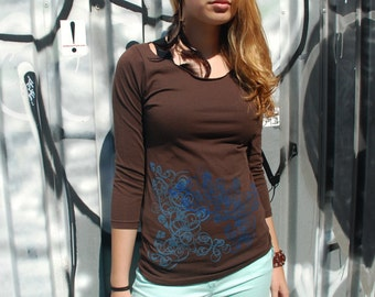 SALE - S - graphic tee for women, womans tops tshirts, womens t-shirt, womens tees, tops & tees, brown 3/4 sleeve tshirt, double deco