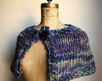 Knit Capelet Navy. Green. Purple. Bohemian lady. Handmade knitwear. Handcrafted fashion. knit cape.