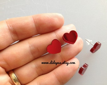 Red mirror stud heart earrings