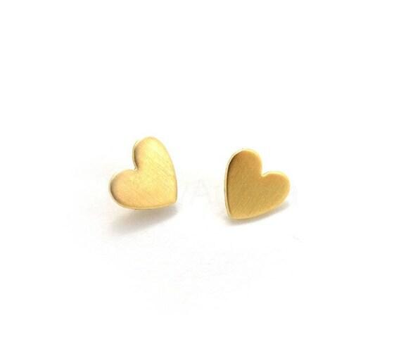 Heart Stud Earrings,Romantic Jewelry,Gold Heart Earrings,Heart Jewelry,Tiny Sterling Silver Stud Earrings,Love Jewelry,Hypoallergenic (E083)