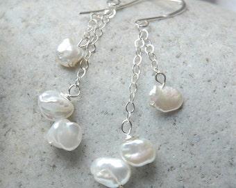Falling Snow - Pearl Earrings