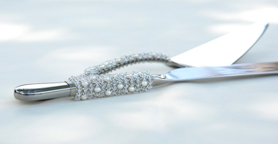 SWAROVSKI Crystal And Fresh Water Pearl Cake Server And Knife Set Hand Beaded Wedding TABLE SETTINGS
