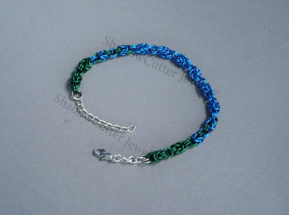CLEARANCE 30% OFF Anklet Green and Blue Chainmaille Byzantine Ankle Bracelet adjustable silver tone lobster clasp 8 inch 9.5 inch 20.5 cm en