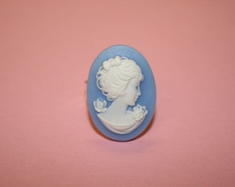 Medium Blue Flower Lady Cameo Ring