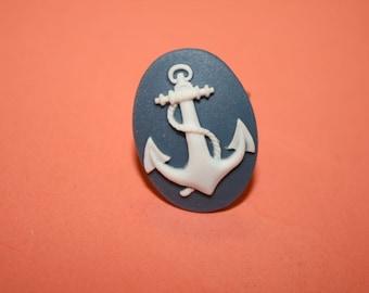 Medium Blue Grey Anchor Cameo Ring